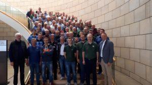 Historische Schützen des Bezirks Warburg besuchen den Landtag